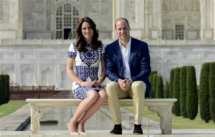 duchess-catherine-prince-william-today-160428-20_6b0bc092abb03c28ed7d278e800ba21e.today-inline-large.jpg