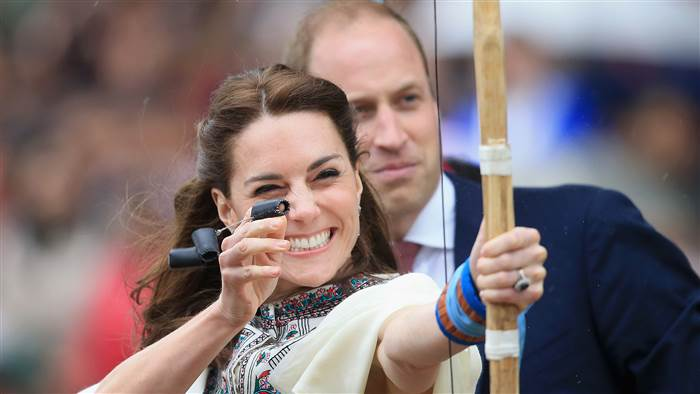 royals-archery-today-tease-160414_a2c13bc71f68ecf6f71219cd83cc344b.today-inline-large.jpg